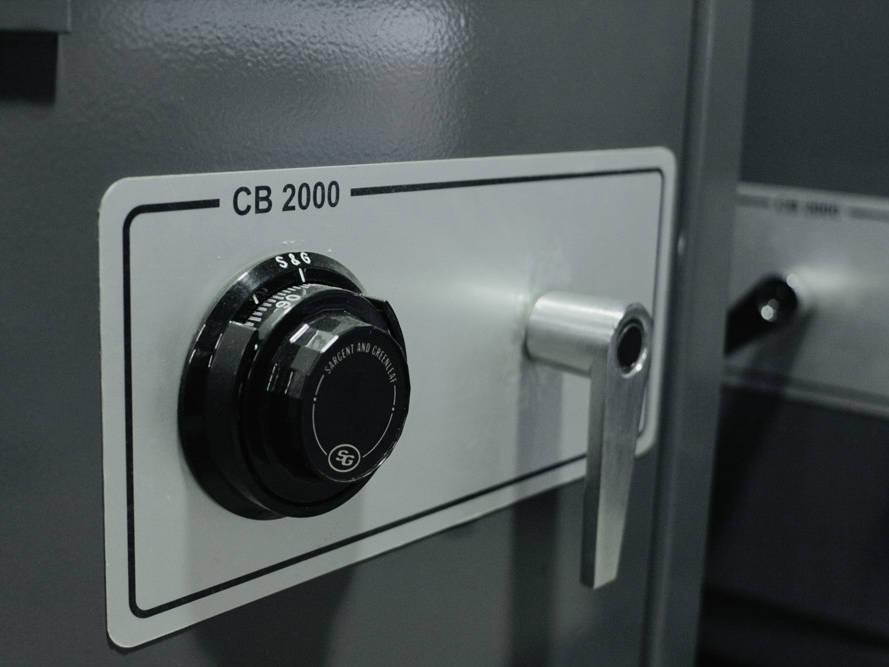 CB2000-services-fabrication-sur-mesure