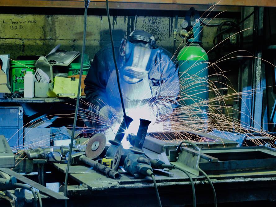 CB2000-services-fabriquant-manufacturier